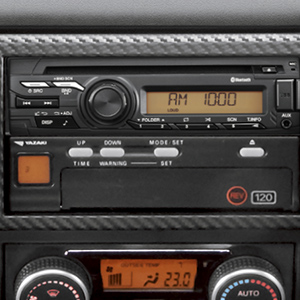 AM/FMラジオ+CD+USB+AUX